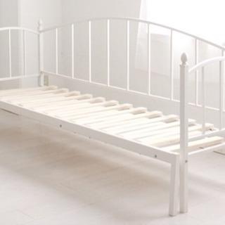 伸縮ベッドホワイト
