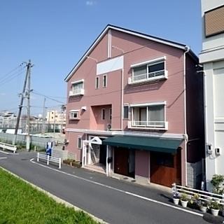初月無料 繁忙期につきキャンペーン価格対応のシェアハウス イン大阪...