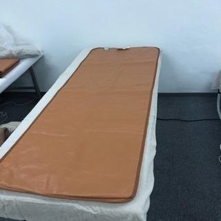 エステ、整骨院用ベッド(ヒートマット付)