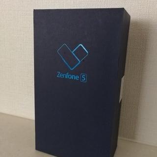 新品・未開封 ASUS ZENFONE 5 ZE620KL (M...