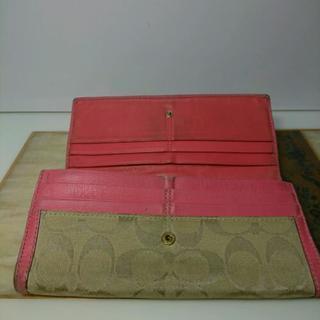 コーチ、財布、ピンク、レディース