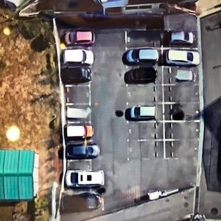 リーズナブルな月極駐車場です。堺市南区 桃山台 泉北ニュータウンで...