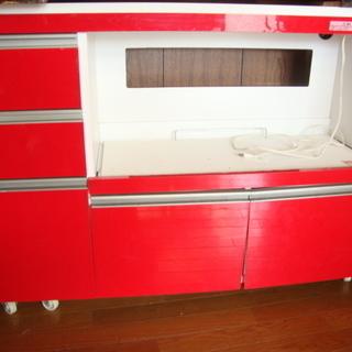 【商談中】 ◇赤が可愛い/キャスター付きキッチンボード・多目的収納◇