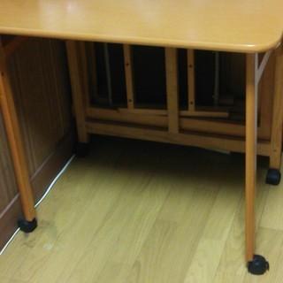 折り畳みテーブル 折り畳み椅子2脚付き