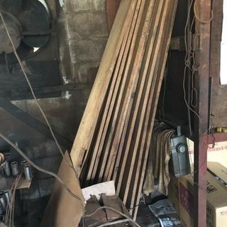 【予約あり】木の板 11枚差し上げます