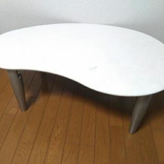 しっかりした折りたたみテーブル
