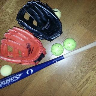 これからスポーツの秋、父子でキャッチボールなど、いかがですか。