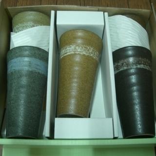 未使用 ビア グラス 5客五色陶器 コースター付