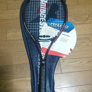 BRIDGESTONEテニスラケット。