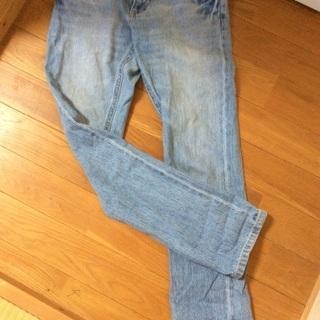 0円にしました。ストレートジーンズ