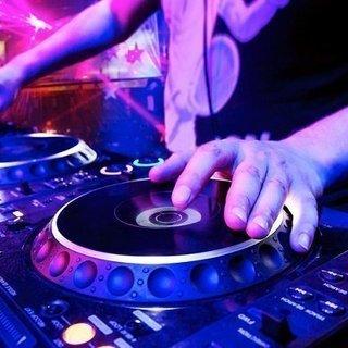 都内Club一体型DJスクール