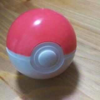 ポケモンモンスターボール型がちゃがちゃ