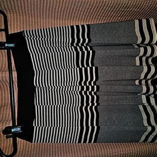 ウエストゴムの可愛いスカート2