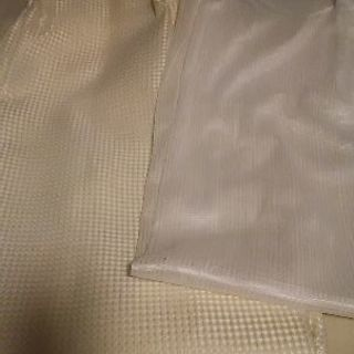 ニトリのカーテン2組