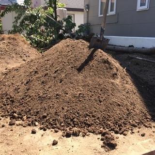 残土、庭土差し上げます。