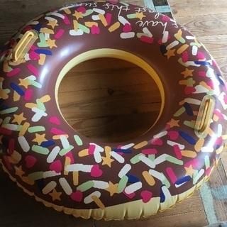 ドーナツ型浮き輪