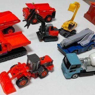 トミカ 工事車両 建設現場 など はたらく車のおもちゃのセット!...