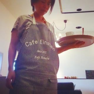 カフェでアルバイトしてみませんか?