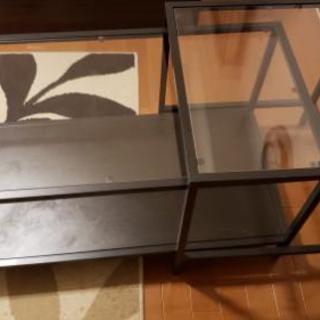 【終了】ガラス天板がクールなセンターテーブル(ネスト型)