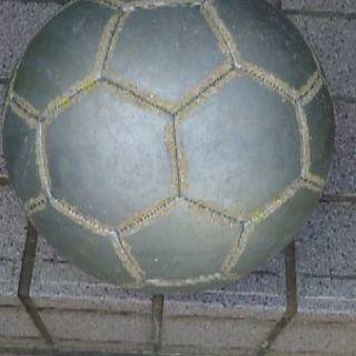 サッカーボール4号球