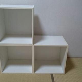 〔無料!〕カラーボックス 白×3の画像