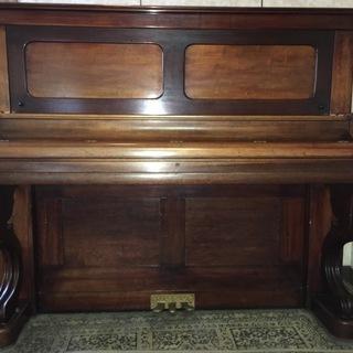 取引中 アップライトピアノ 曲線猫脚 象牙鍵盤 3本ペダル 木目...