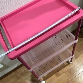 ピンクのコロコロカート!