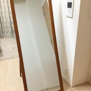 【値下げ】スタイリッシュな木製スタンドミラー 全身姿見 大型