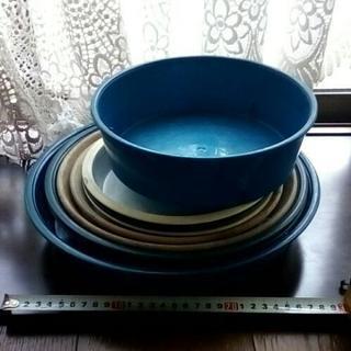 植木鉢の受け皿・プラ植木鉢おまけ
