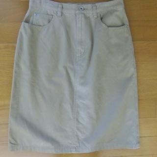 ユニクロ スカート W66㎝💛美品