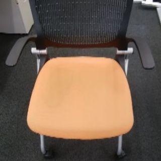 オフィス椅子 オレンジ 1