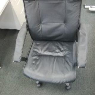 オフィス椅子 黒