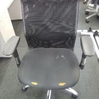 オフィス椅子 黒 メッシュ