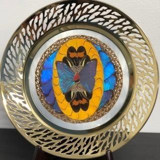 飾り皿  金属製  幸運と発展を表す蝶