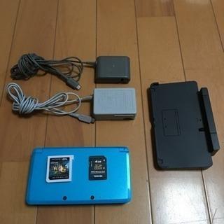 任天堂3DS ライトブルー