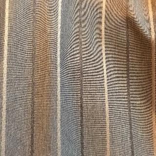 ナチュラルブラウンのカーテン
