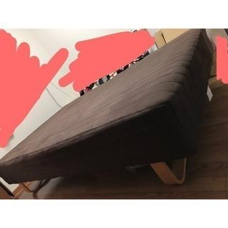 美品!おしゃれなセミダブルベッド シンプル 脚付きマットレスベッド...