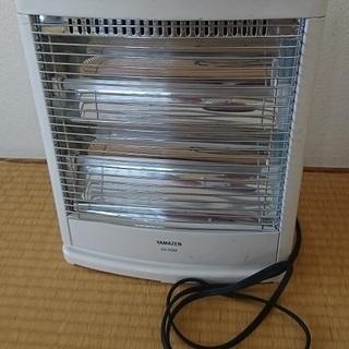 電気ストーブ 山善 DS-D082 800ワット 1,000円で。