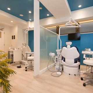 きれいで小さな歯科医院です。歯科助手さん大募集!土日祝お休み。残業なし。