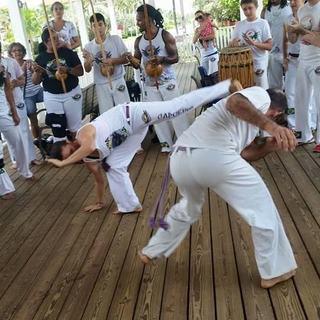 カポエイラ capoeira カポエラ