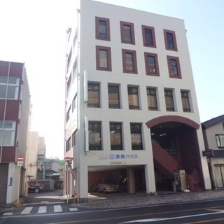 """宇都宮市県庁通りで65.0m2の部屋を""""月額4.5万円""""で借りませんか?"""