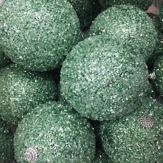 ラメラ絵グリーンのクリスマスボール