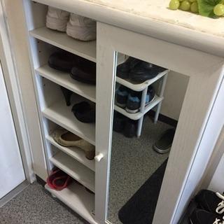 100円の靴収納箱