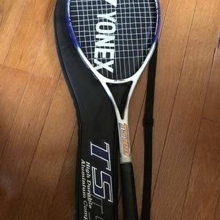 軟式テニスラケット ケース付き(YONEX TS100)