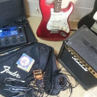 ギター、アンプなど?