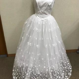 ★美品★ ウェディングドレス WATABE 花柄 結婚式 床に着...
