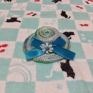 ワンちゃんの髪飾り キラキラ光沢糸の素敵な帽子