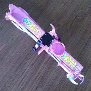 子ども用プラスチックのスキーとストックSet