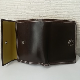 COACH二つ折りレザー財布(ブラウン)