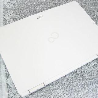 送料無料発送!色々パソコンあります!⭐️長持ち高速SSD⭐️AH520⭐️最新Windows10搭載⭐️⭐️ - パソコン